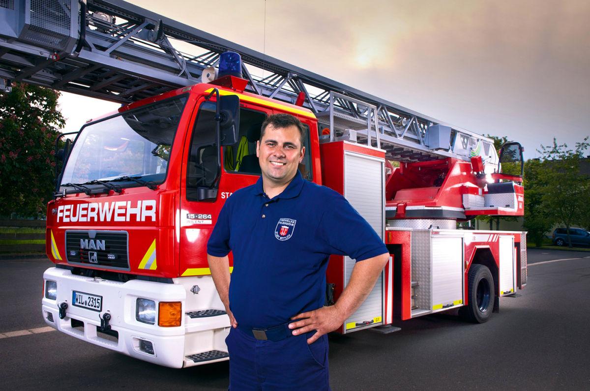 Portrait eines Feuerwehrmannes der Freiwilligen Feuerwehr in Wittlich für die Werbung