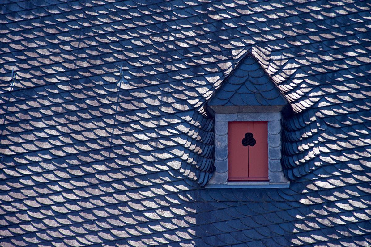 Fotografie einer Dachgaube im Cusanusstift Bernkastel Kues, Kunde: Dachdecker Herges